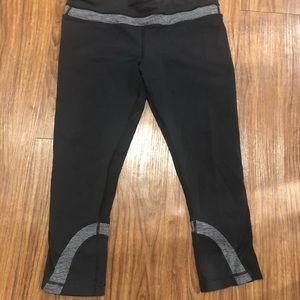 lululemon athletica Pants & Jumpsuits - Lululemon crops